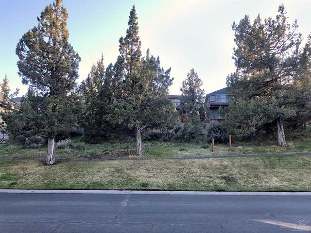 2429 SW Valleyview Drive, Redmond, OR 97756 (MLS #202003393) :: Bend Relo at Fred Real Estate Group