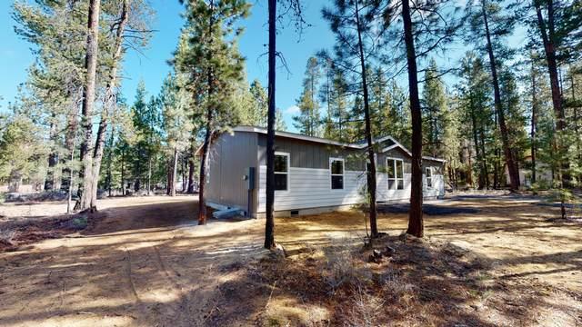 17648 Sutter Court, La Pine, OR 97739 (MLS #220100249) :: Berkshire Hathaway HomeServices Northwest Real Estate