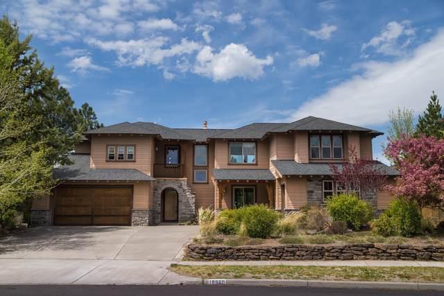 19560 Hollygrape Street, Bend, OR 97702 (MLS #220100588) :: Berkshire Hathaway HomeServices Northwest Real Estate