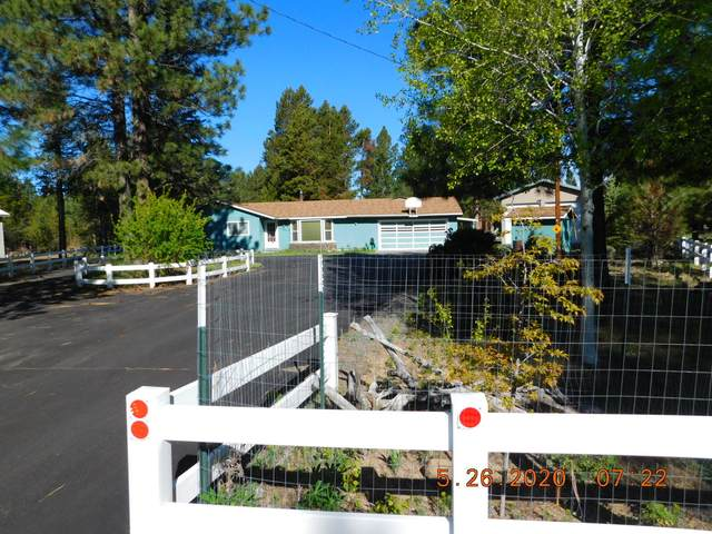 15960 Bull Bat Lane, La Pine, OR 97739 (MLS #220101715) :: Fred Real Estate Group of Central Oregon