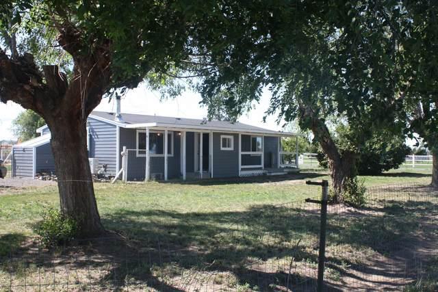 6330 SW Frazier Drive, Culver, OR 97734 (MLS #220101821) :: Team Birtola   High Desert Realty