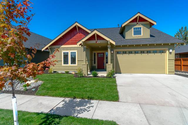 789 NW Rimrock Drive, Redmond, OR 97756 (MLS #220101850) :: Bend Relo at Fred Real Estate Group