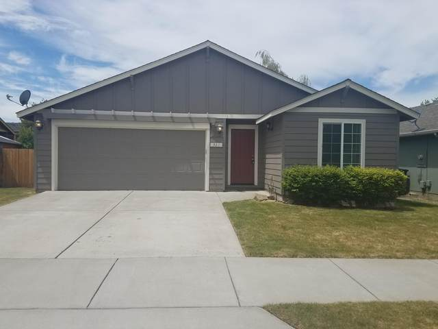 321 SW 29th Street, Redmond, OR 97756 (MLS #220102248) :: Fred Real Estate Group of Central Oregon