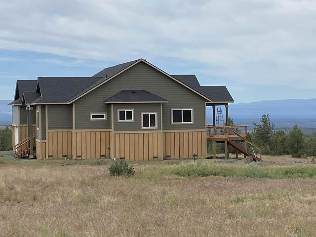 6040 SE Gravett Road, Prineville, OR 97754 (MLS #220103105) :: Central Oregon Home Pros