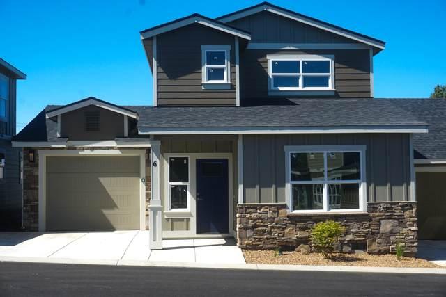 2755 SW Greens Boulevard #6, Redmond, OR 97756 (MLS #220103639) :: Berkshire Hathaway HomeServices Northwest Real Estate
