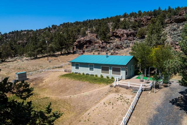 7839 NW Lone Pine Lane, Terrebonne, OR 97760 (MLS #220103908) :: Fred Real Estate Group of Central Oregon