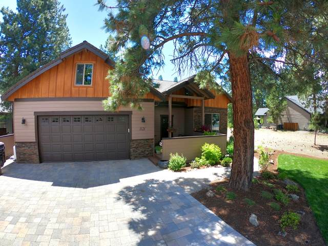 1121 E Timber Pine Drive, Sisters, OR 97759 (MLS #220104106) :: Team Birtola | High Desert Realty