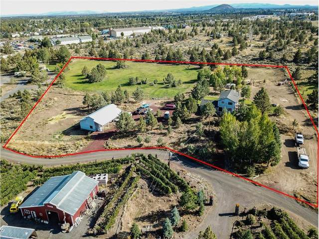 20515 Bowery Lane, Bend, OR 97703 (MLS #220104158) :: Coldwell Banker Bain