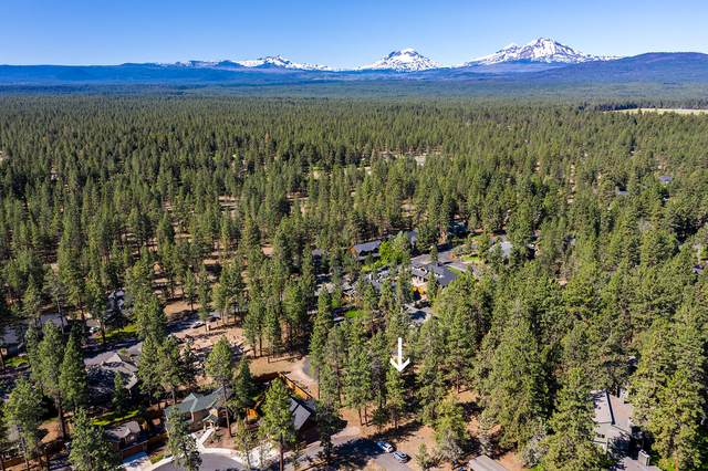 813 S Sparkling Water Court, Sisters, OR 97759 (MLS #220104173) :: Fred Real Estate Group of Central Oregon