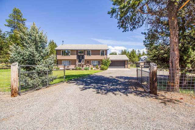 52636 Center Drive, La Pine, OR 97739 (MLS #220104226) :: Bend Relo at Fred Real Estate Group