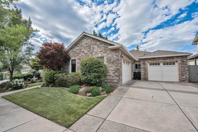 3813 Sherwood Park Drive, Medford, OR 97504 (MLS #220104349) :: Berkshire Hathaway HomeServices Northwest Real Estate