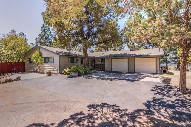 61175 Larsen Road, Bend, OR 97702 (MLS #220104641) :: Fred Real Estate Group of Central Oregon