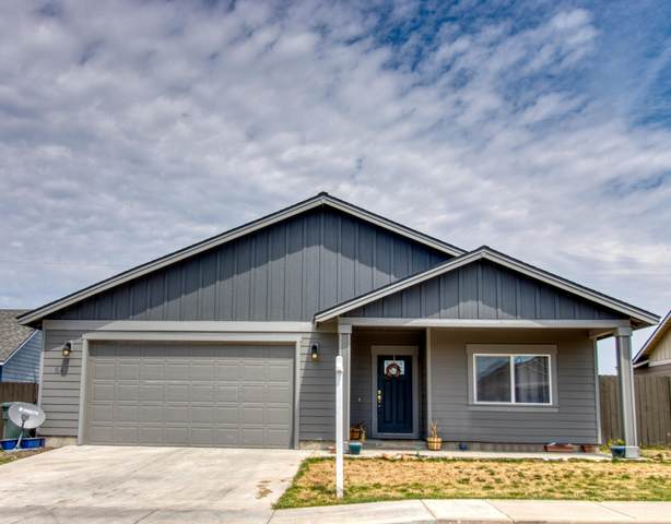 643 Freedom Lane, Metolius, OR 97741 (MLS #220104976) :: Team Birtola | High Desert Realty