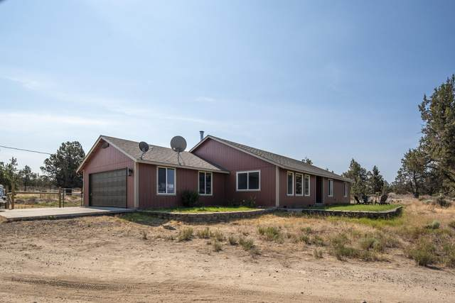 7200 SW Hwy 126, Powell Butte, OR 97753 (MLS #220105438) :: Bend Relo at Fred Real Estate Group