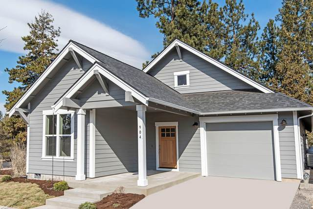 945 E Horse Back Trail, Sisters, OR 97759 (MLS #220105836) :: Fred Real Estate Group of Central Oregon