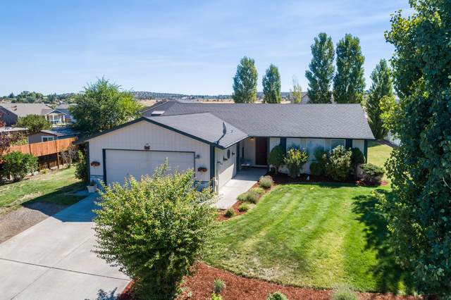 323 NE 16th Street, Madras, OR 97741 (MLS #220106258) :: Windermere Central Oregon Real Estate