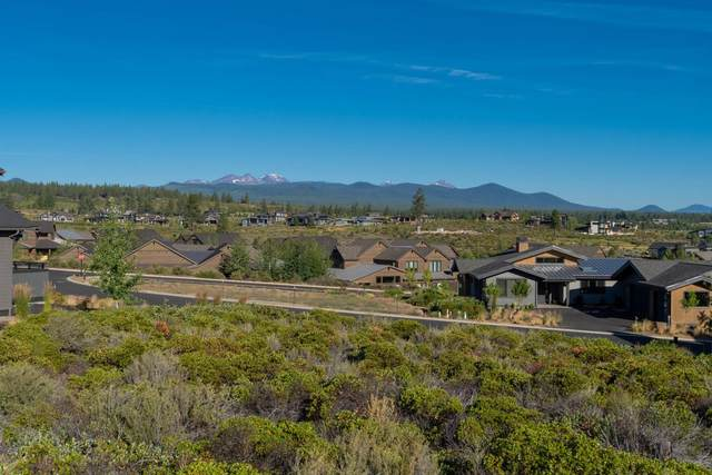 61366 Lost Hollow Loop, Bend, OR 97702 (MLS #220106701) :: Bend Relo at Fred Real Estate Group