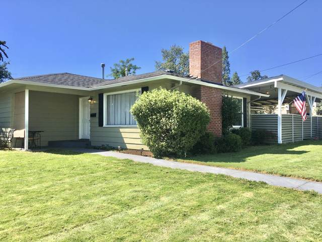 730 NE Madrone Street, Grants Pass, OR 97526 (MLS #220106753) :: Berkshire Hathaway HomeServices Northwest Real Estate