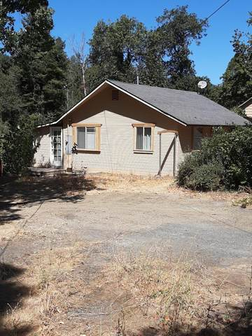 1487 E Evans Creek Road, Rogue River, OR 97537 (MLS #220107655) :: Vianet Realty