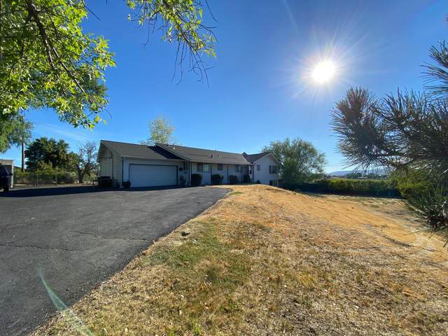 5328 Summit Street, Klamath Falls, OR 97603 (MLS #220108234) :: The Payson Group