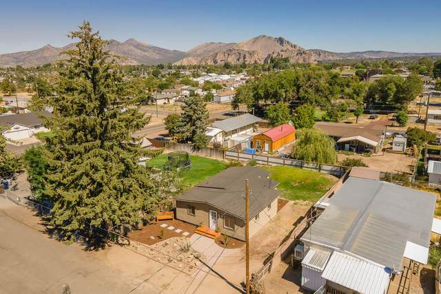 8492 7th Street, Terrebonne, OR 97760 (MLS #220108397) :: Team Birtola | High Desert Realty