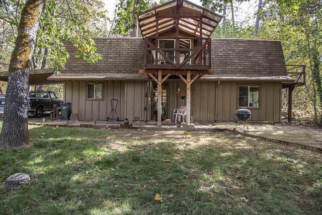 1450 Summit Loop, Grants Pass, OR 97527 (MLS #220108959) :: The Payson Group