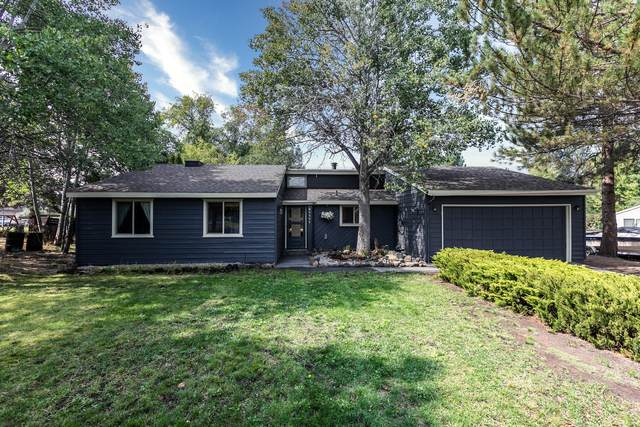 61171 Cottonwood Drive, Bend, OR 97702 (MLS #220109139) :: The Payson Group