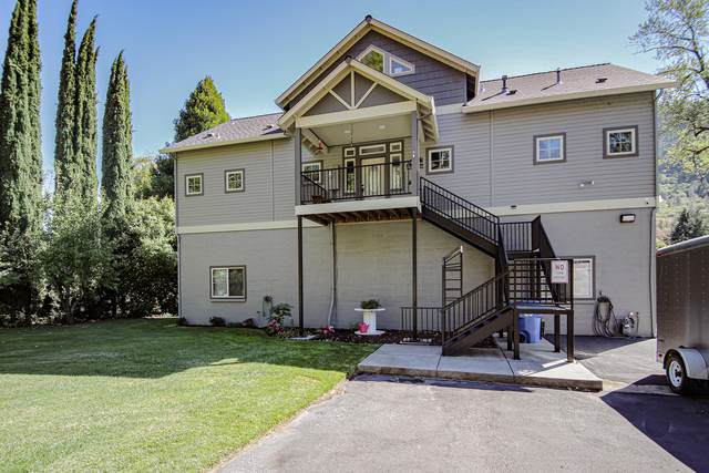 461 Fielder Lane, Grants Pass, OR 97526 (MLS #220109547) :: Berkshire Hathaway HomeServices Northwest Real Estate