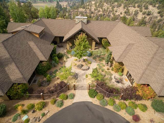 20450 Arrowhead Drive, Bend, OR 97703 (MLS #220109601) :: Coldwell Banker Bain