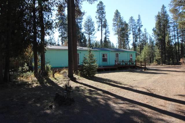 15665 Camino De Oro Avenue, La Pine, OR 97739 (MLS #220109705) :: Team Birtola | High Desert Realty