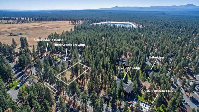 1061 E Desperado Trail, Sisters, OR 97759 (MLS #220110069) :: Stellar Realty Northwest