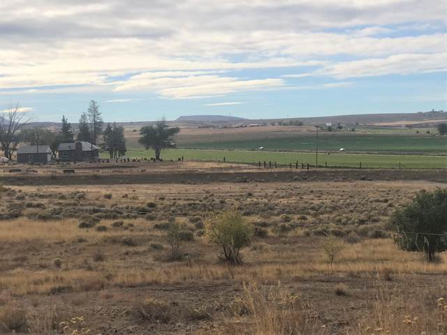 1865 SW Chevrolet Drive, Madras, OR 97741 (MLS #220111126) :: Premiere Property Group, LLC
