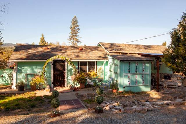 128 Cherry Street, Merlin, OR 97532 (MLS #220111137) :: FORD REAL ESTATE
