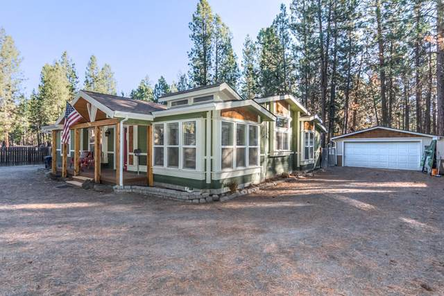 18639 River Woods Drive, Bend, OR 97702 (MLS #220111480) :: The Riley Group