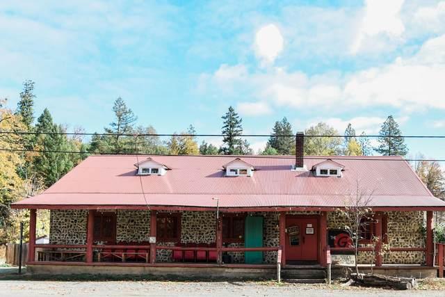24099 Redwood Highway, Kerby, OR 97531 (MLS #220111592) :: Berkshire Hathaway HomeServices Northwest Real Estate