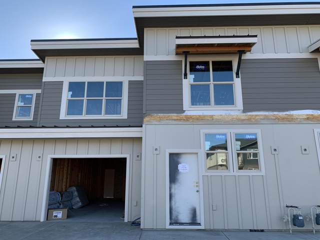 3662 SW Badger Avenue, Redmond, OR 97756 (MLS #220111849) :: Coldwell Banker Bain
