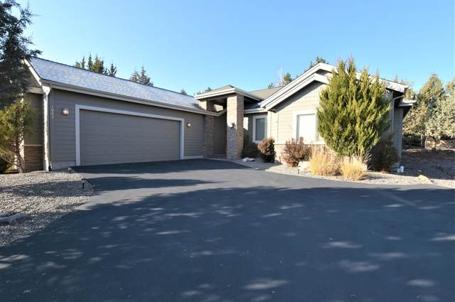 1003 Yosemite Falls Drive, Redmond, OR 97756 (MLS #220112474) :: The Riley Group