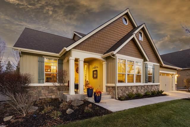 19521 Sugar Mill Loop, Bend, OR 97702 (MLS #220112787) :: Central Oregon Home Pros