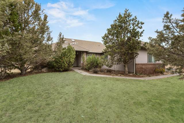 1385 Harrier Court, Redmond, OR 97756 (MLS #220112870) :: Bend Homes Now