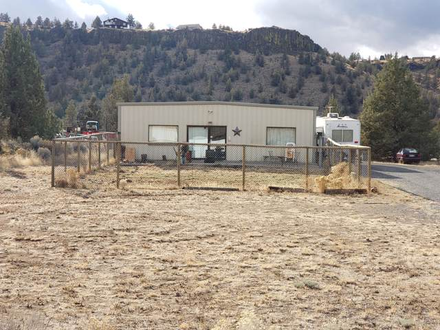 13840 SW Commercial Loop Road, Terrebonne, OR 97760 (MLS #220113033) :: Premiere Property Group, LLC