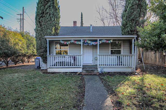1098 B Street, Ashland, OR 97520 (MLS #220113185) :: Coldwell Banker Sun Country Realty, Inc.
