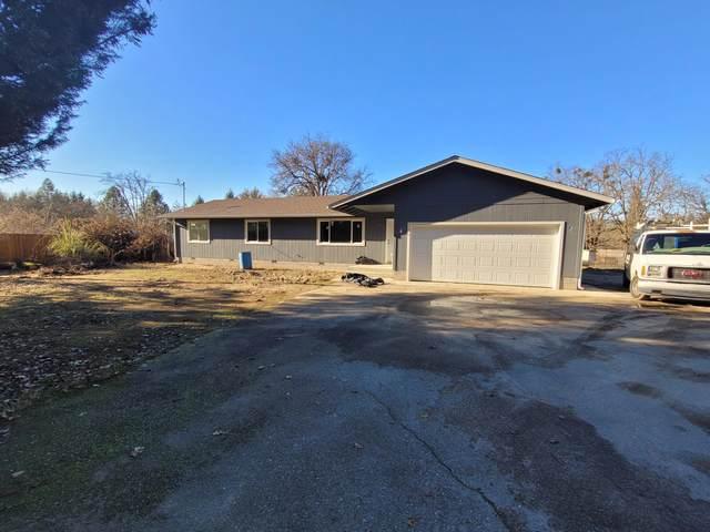 1150 Pleasant Valley Road, Merlin, OR 97532 (MLS #220114095) :: Premiere Property Group, LLC