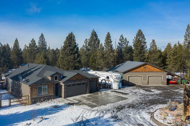 147522 Mabel Drive, La Pine, OR 97739 (MLS #220114390) :: The Payson Group