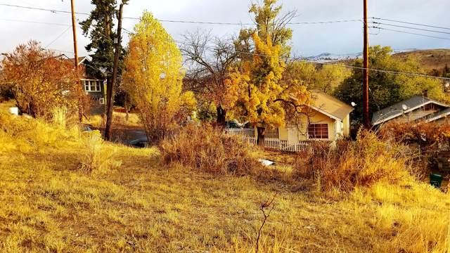 634 N 8th St, Klamath Falls, OR 97601 (MLS #220114707) :: Premiere Property Group, LLC