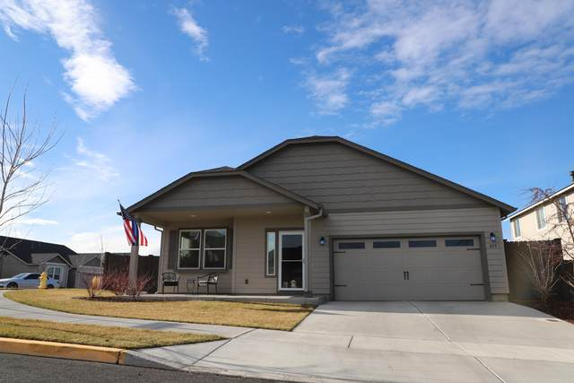 855 NW 24th Way, Redmond, OR 97756 (MLS #220115053) :: Premiere Property Group, LLC