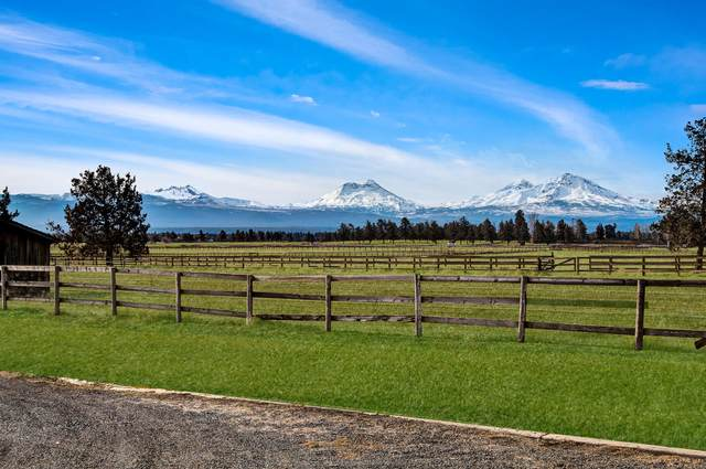 17815 Hwy 126, Sisters, OR 97759 (MLS #220115702) :: Fred Real Estate Group of Central Oregon