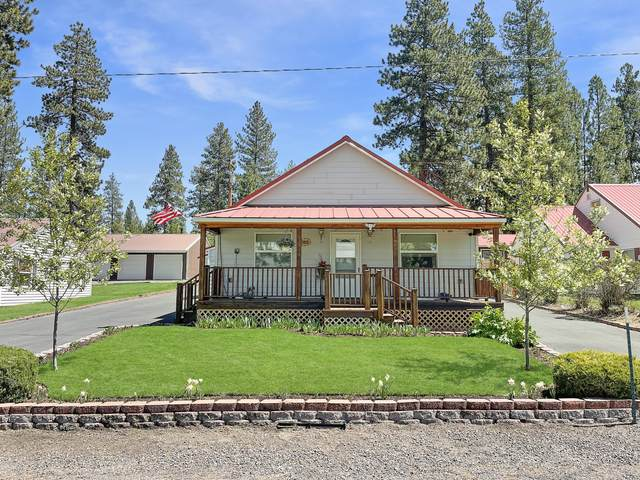 138115 Hillcrest Street, Gilchrist, OR 97737 (MLS #220115780) :: Schaake Capital Group