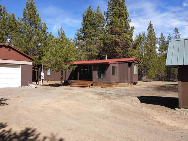 15670 Lava Drive, La Pine, OR 97739 (MLS #220115788) :: Fred Real Estate Group of Central Oregon