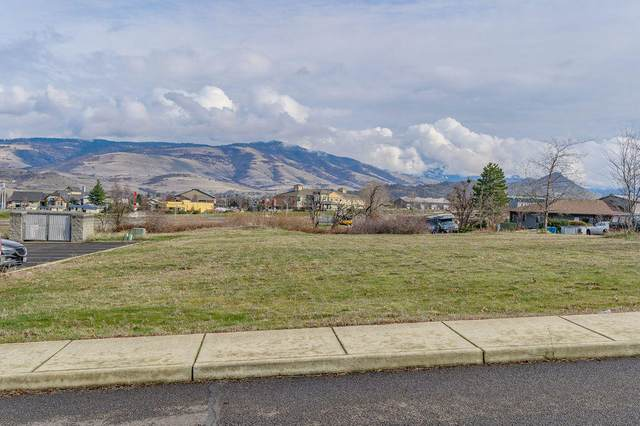 558 Washington Street, Ashland, OR 97520 (MLS #220115824) :: FORD REAL ESTATE
