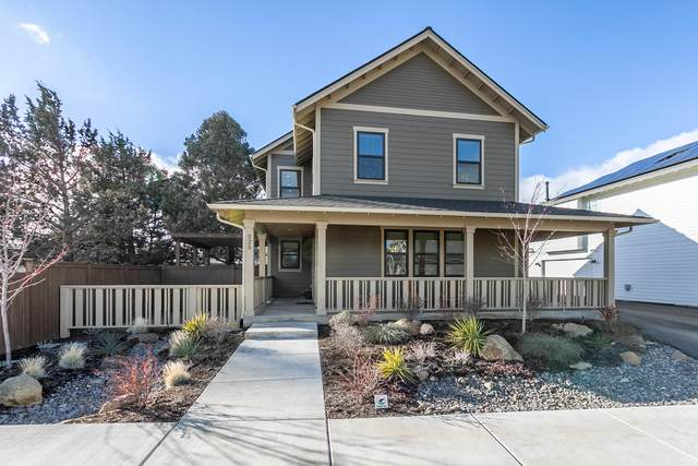 325 N Cowboy Street, Sisters, OR 97759 (MLS #220116045) :: Bend Homes Now